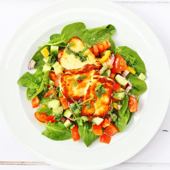 Halloumi salad with Mexican flavours