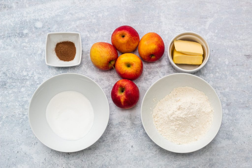 Ingredients for basic apple crumble