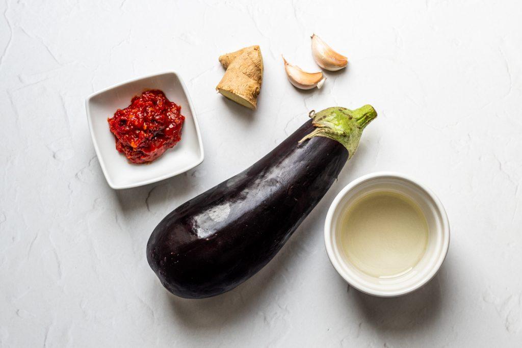 Ingredients for aubergine in chilli bean paste