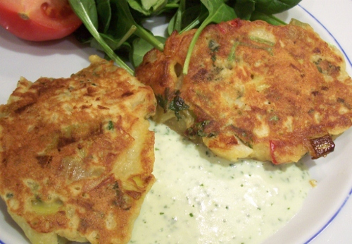 Leek fritters with garlic sauce
