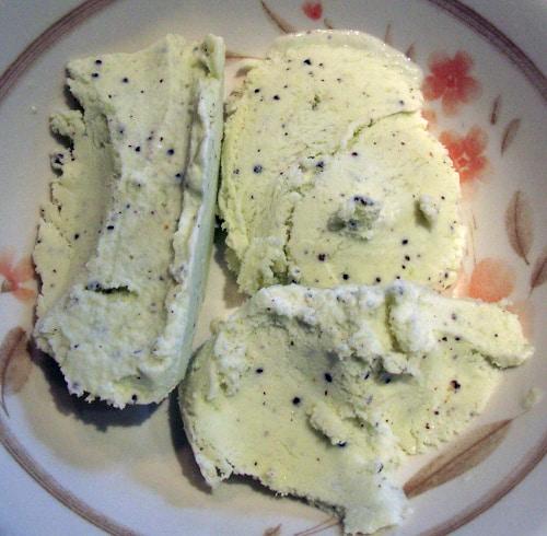 kiwi fruit ice cream in a bowl