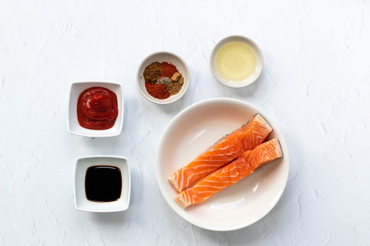 Ingredients for ketchup marinated salmon