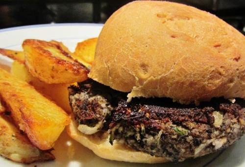 Black bean veggie burgers 1 (500x341)