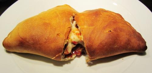 ham and mushroom calzone (500x242)