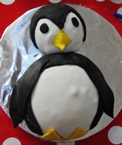 penguin cake (421x500)