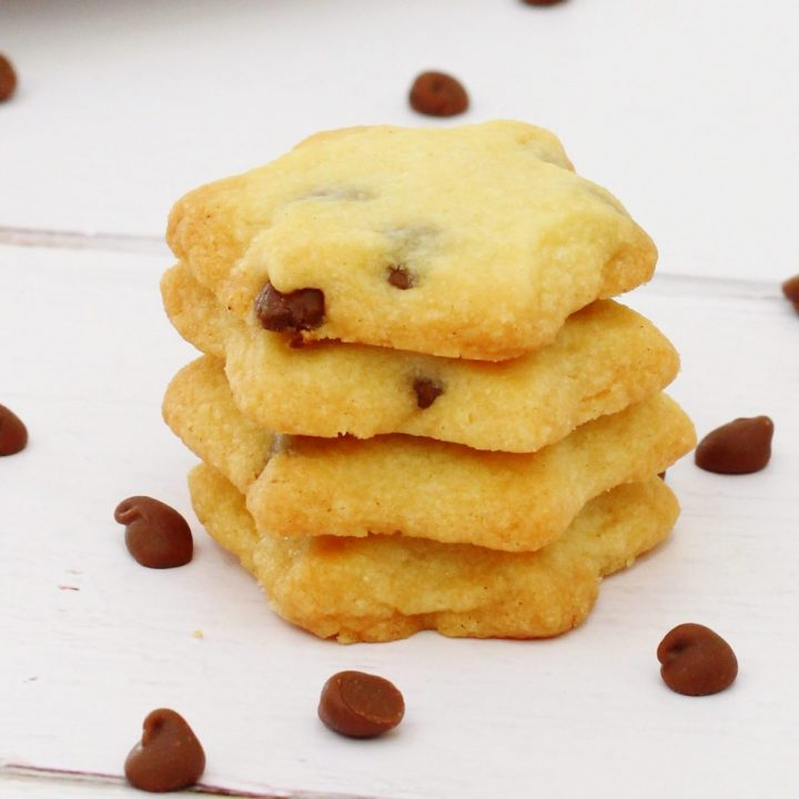 Buttery chocolate chip biscuits