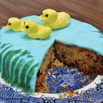 Duck pond cake