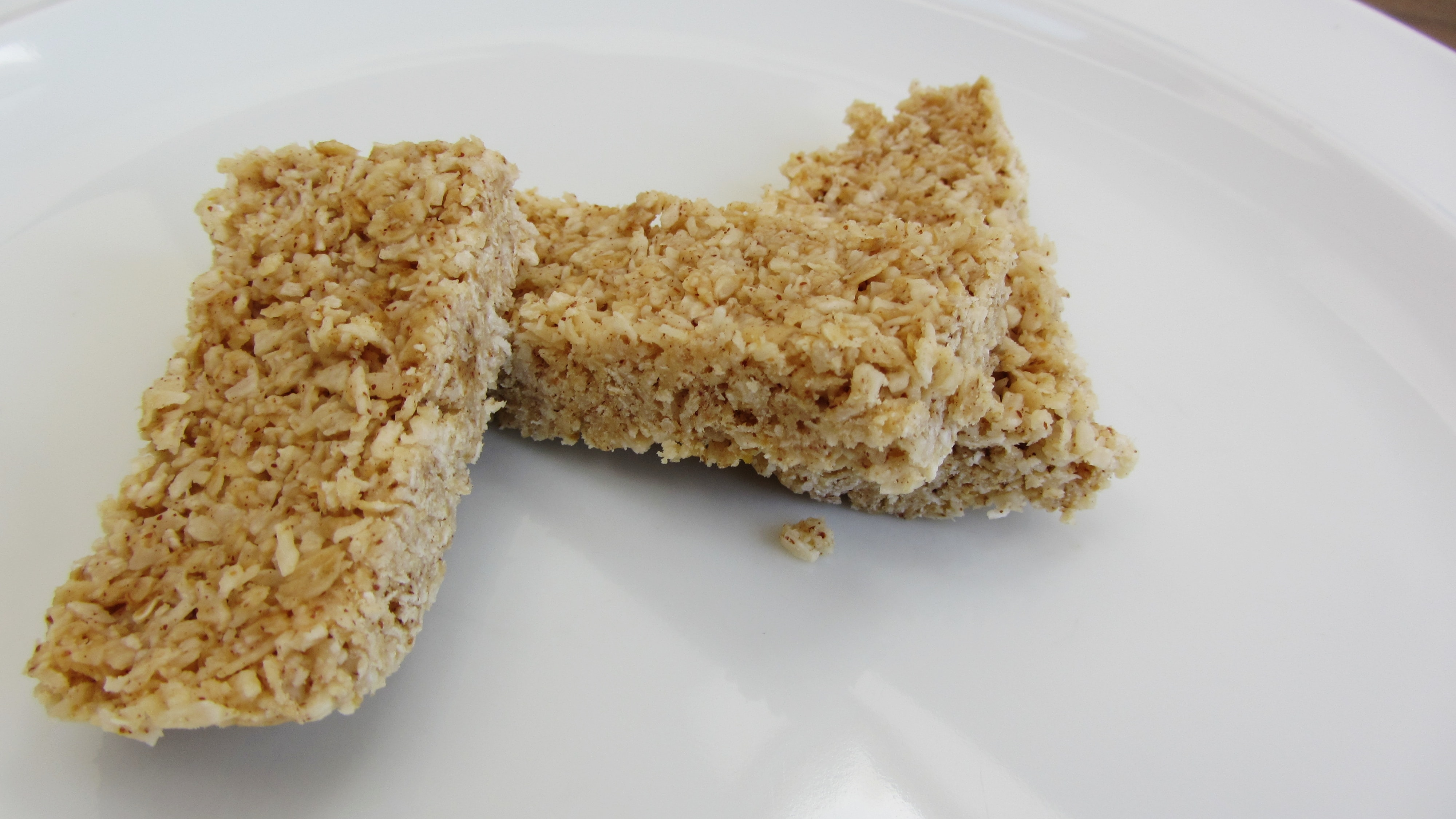 Coconut and peanut butter cereal bars