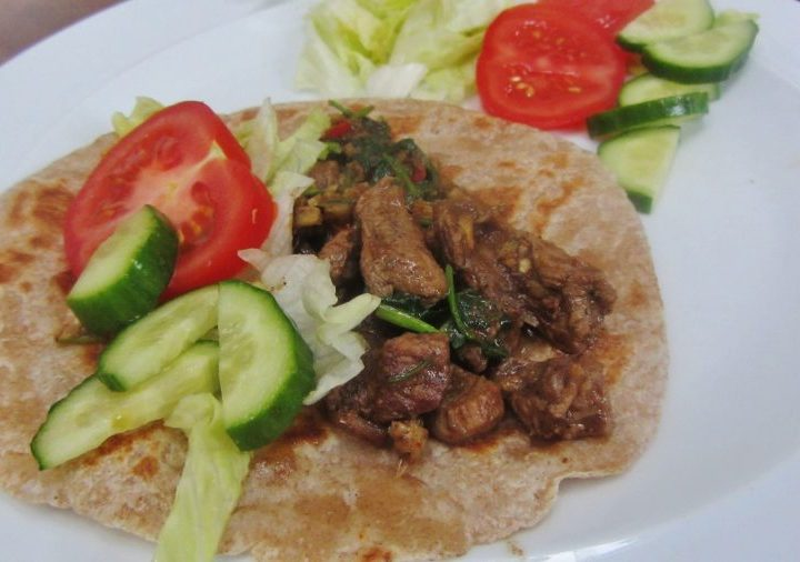 easy lamb stir fry with chapatis