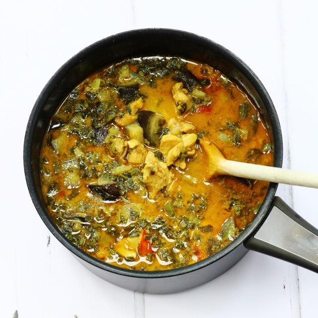 Chicken and Callaloo Curry: Easy homemade curry recipes