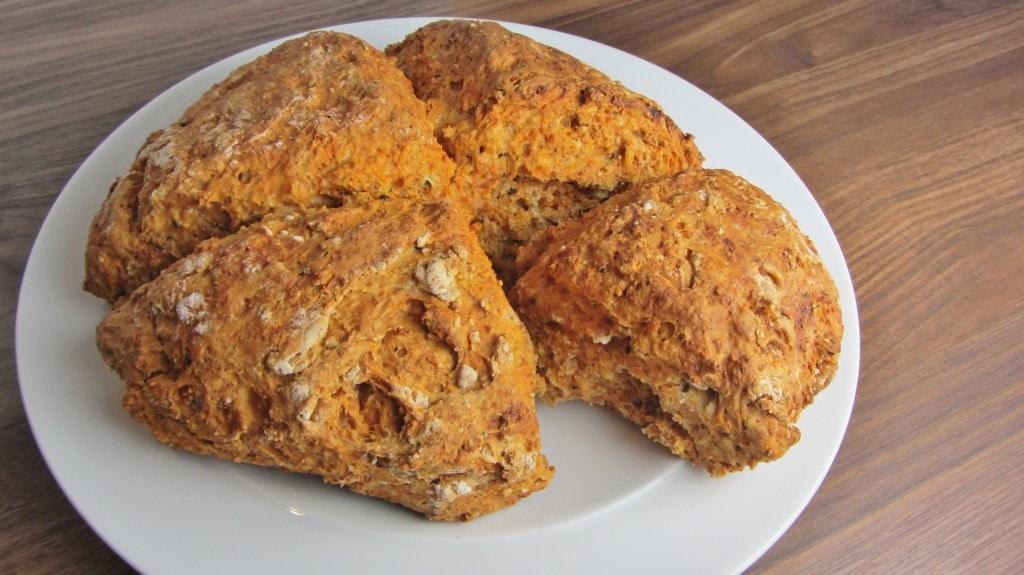 Tomato and nigella seed soda bread