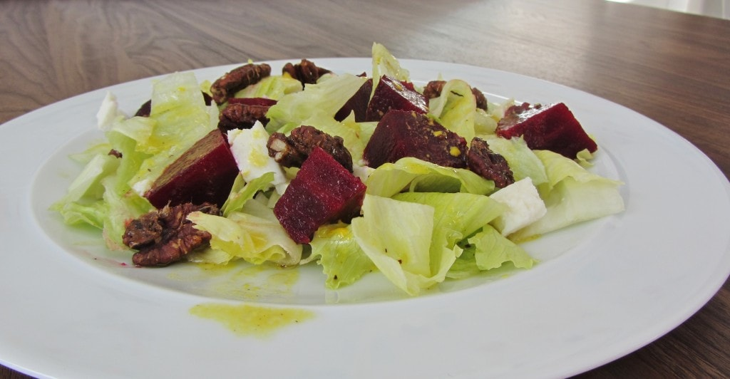 Beetroot & Goats Cheese Salad with Candied Pecans