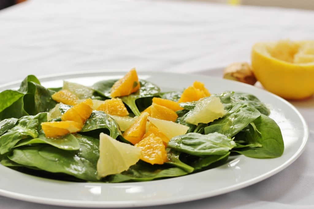 spinach citrus salad with fresh oranges and grapefruit