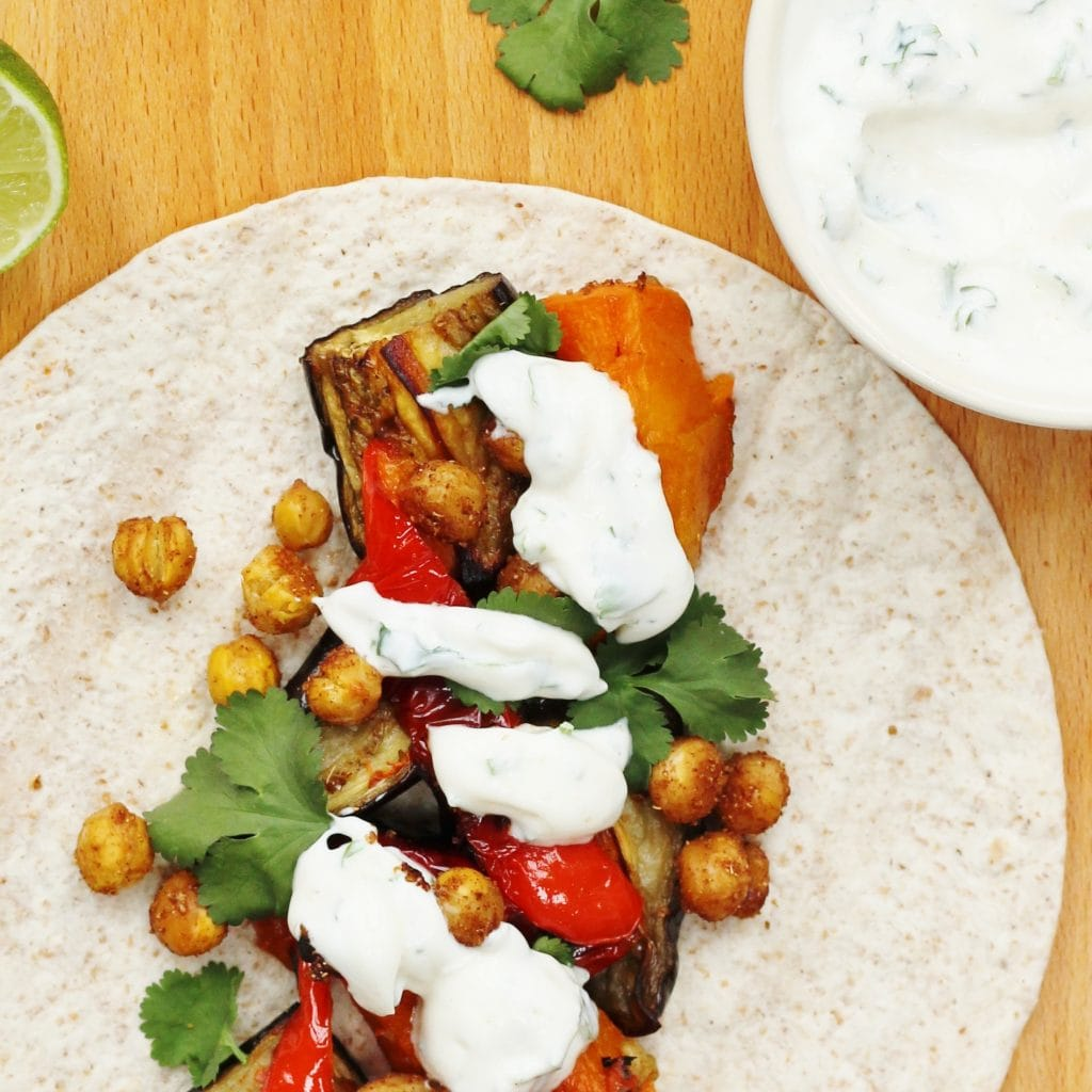Spiced chickpea tacos with yougurt sauce