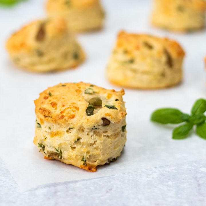 Cheese and olive scones with basil