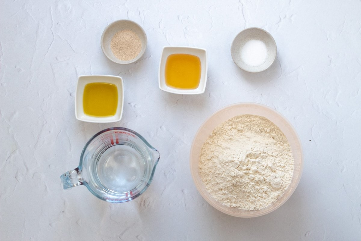 bread maker pizza dough ingredients