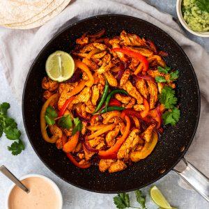 pan of midweek chicken fajitas
